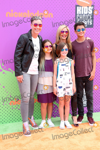 Abby Wambach Photo - LOS ANGELES - July 13  Abby Wambach Glennon Doyle Melton Guests at the Nickelodeon Kids Choice Sports Awards 2017 at the Pauley Pavilion on July 13 2017 in Westwood CA