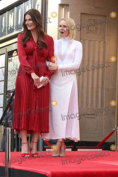 Kristen Bell Photo - LOS ANGELES - OCT 19  Idina Menzel Kristen Bell at the Idina Menzel and Kristen Bell Star Ceremony on the Hollywood Walk of Fame on October 19 2019 in Los Angeles CA