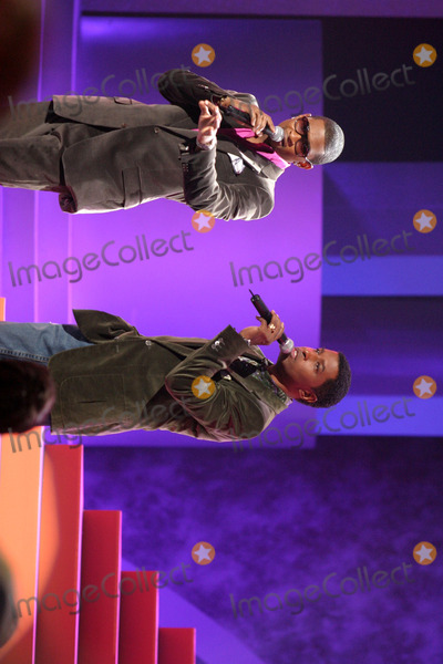 Kenny Edmonds Photo - Usher and Babyface (Kenny Edmonds)  performing a tribute to Destinys Child at the World Music AwardsKodak TheaterLos Angeles CAAugust  31 2005