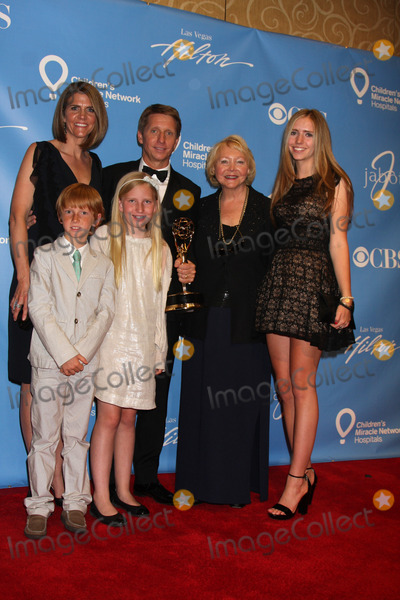 Collen Bell Photo - LAS VEGAS - JUN 19  Collen Bell Brad Bell their children and Brads mom Lee Phillip Bell in the Press Room of the  38th Daytime Emmy Awards at Hilton Hotel  Casino on June 19 2010 in Las Vegas NV