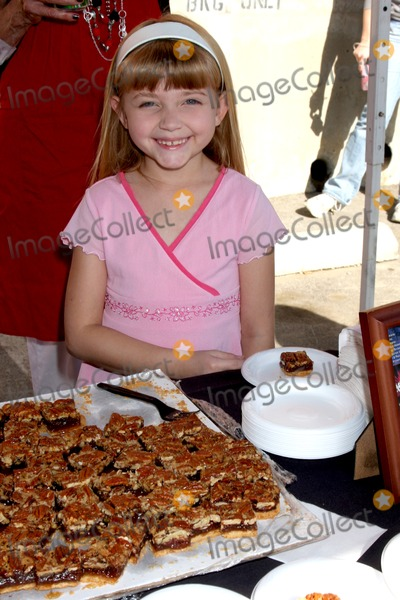 Samantha Bailey Photo - Samantha Baileyat the Hollywood Chamber of Commerce Police  Fire Appreciation LuncheonHollywood Police Station WilcoxLos Angeles  CANovember 24 2009