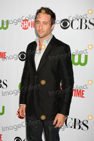 Alex OLoughlin Photo - Alex OLoughlin  arriving at the CBS Television Distribution TCA Stars Party at the Huntington Library in San Marino CA  on August 3 2009