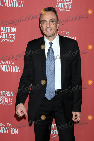 Wallis Annenberg Photo - LOS ANGELES - NOV 7  Hank Azaria at the 4th Annual Patron of the Artists Awards at Wallis Annenberg Center for the Performing Arts on November 7 2019 in Beverly Hills CA