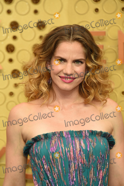 Anna Chlumsky Photo - LOS ANGELES - SEP 22  Anna Chlumsky at the Primetime Emmy Awards - Arrivals at the Microsoft Theater on September 22 2019 in Los Angeles CA