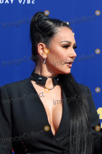 JWoww Photo - LOS ANGELES - JUN 15  Jenni Farley JWoww at the 2019 MTV Movie  TV Awards at the Barker Hanger on June 15 2019 in Santa Monica CA