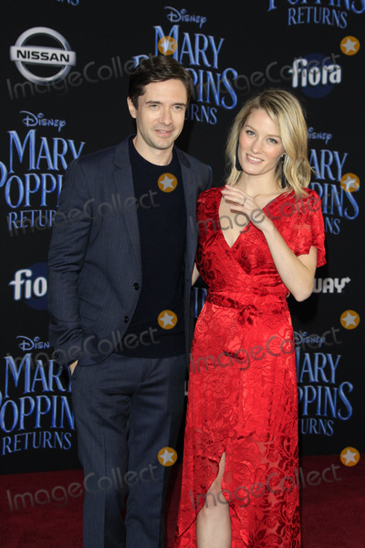 Ashley Hinshaw Photo - LOS ANGELES - NOV 29  Topher Grace Ashley Hinshaw at the Mary Poppins Returns Premiere at the El Capitan Theatre on November 29 2018 in Los Angeles CA