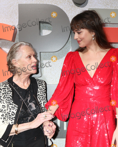 Tippi Hedren Photo - LOS ANGELES - OCT 24  Tippi Hedren Dakota Johnson at the Suspiria Premiere at the ArcLight Theaters on October 24 2018 in Los Angeles CA