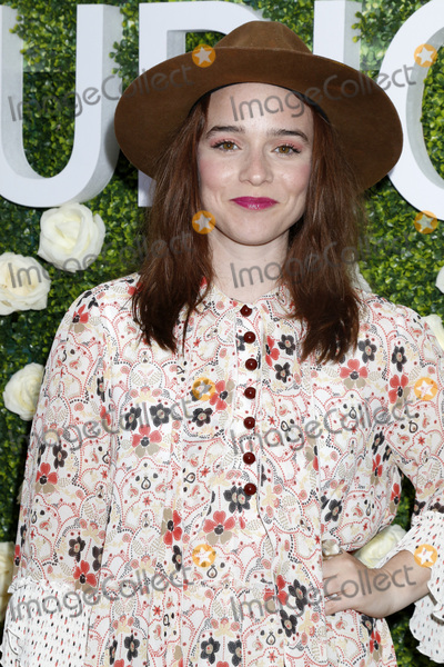 Renee-Felice Smith Photo - LOS ANGELES - AUG 1  Renee Felice Smith at the CBS TV Studios Summer Soiree TCA Party 2017 at the CBS Studio Center on August 1 2017 in Studio City CA