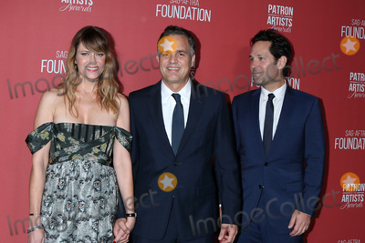Wallis Annenberg Photo - LOS ANGELES - NOV 7  Sunrise Coigney Mark Ruffalo Paul Rudd at the 4th Annual Patron of the Artists Awards at Wallis Annenberg Center for the Performing Arts on November 7 2019 in Beverly Hills CA