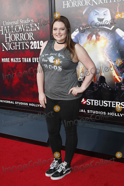 ASH Photo - LOS ANGELES - SEP 12  Lauren Ash at the Halloween Horror Nights at the Universal Studios Hollywood on September 12 2019 in Universal City CA