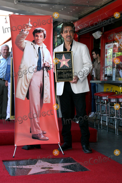 Peter Falk Photo - LOS ANGELES - JUL 25  Joe Mantegna at the Peter Falk Posthumous Walk of Fame Star ceremony at the Hollywood Walk of Fame on July 25 2013 in Los Angeles CA