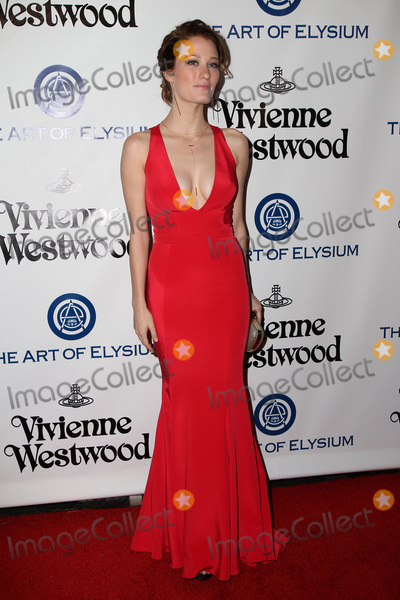 Ashley Hinshaw Photo - vLOS ANGELES - JAN 9  Ashley Hinshaw at the The Art of Elysium Ninth Annual Heaven Gala at the 3LABS on January 9 2016 in Culver City CA