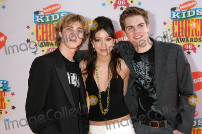 Alex Black Photo - Christian SarratosAlex BlackKyle SwannNickelodeon Kids Choice AwardsPauley Pavillion UCLAWestwood CAApril 1 2006