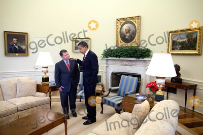 Abdullah II of Jordan Photo - Washington DC - April 21 2009 -- United States President Barack Obama meets with King Abdullah II of Jordan in the Oval OfficeMANDATORY CREDIT Pete SouzaWhite House-CNP-PHOTOlinknet