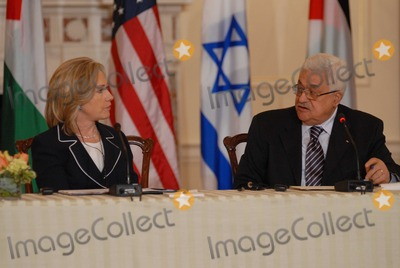 Benjamin Netanyahu Photo - Washington DC 9022010RESTRICTED NEW YORKNEW JERSEY OUTNO NEW YORK OR NEW JERSEY NEWSPAPERS WITHIN A 75  MILE RADIUSSecretary Clinton hosts Abbas and Netanyahu peace talksSecretary of State Hillary Clinton hosts the re-launch of direct negotiations between Israeli Prime Minister Benjamin Netanyahu and (right) Palestinian Authority President Mahmoud Abbas at the US State Department Secretary Clinton and the two leaders marked the start of the negotiations by making opening remarks to the mediaDigital photo by Elisa Miller-PHOTOlinknet