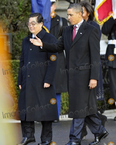 President Hu Jintao Photo - RESTRICTED NEW YORKNEW JERSEY OUTNO NEW YORK OR NEW JERSEY NEWSPAPERS WITHIN A 75 MILE RADIUS OF NYCUnited States President Barack Obama welcomes President Hu Jintao of China to the White House for a State Visit on Wednesday January 19 2011 Photo by Ron Sachs-CNP-PHOTOlinknet