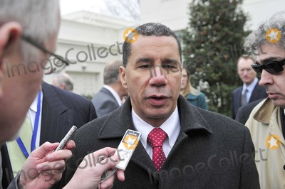David A Paterson Photo - Washington DC - February 22 2009 -- Governor David A Paterson (Democrat of New York) speaks to reporters as he departs after he and his fellow governors met United States President Barack Obama at the White House in Washington DC on Monday February 22 2010Photo by Ron Sachs-CNP-PHOTOlinknet