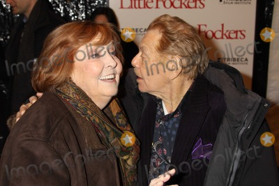Ann Meara Photo - New York NY 12-15-10Jerry Stiller Anne Meara Stillerat World Premiere of Little Fockers at Ziegfeld TheatrePhoto By Maggie Wilson-PHOTOlinknet