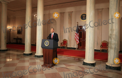 Mark Wilson Photo - United States President Barack Obama makes a statement about the decision of President Hosni Mubarak of Egypt not to seek another term as Egyptian President at the White House on Thursday February 1 2011 in Washington DC Earlier today the embattled Mubarak announced that he would not seek reelection after one million people rallied across Egypt calling for Mubarak to give up power Photo by Mark Wilson PoolCNP-PHOTOlinknet