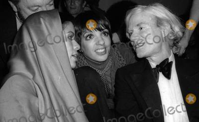 Andy Warhol Photo - Jagger Minelli Warhol3974JPGCelebrity Archaeology1977 FILE PHOTONew York CityBiana Jagger Liza Minelli Andy Warholat Studio 54Photo by Adam Scull-PHOTOlinknet