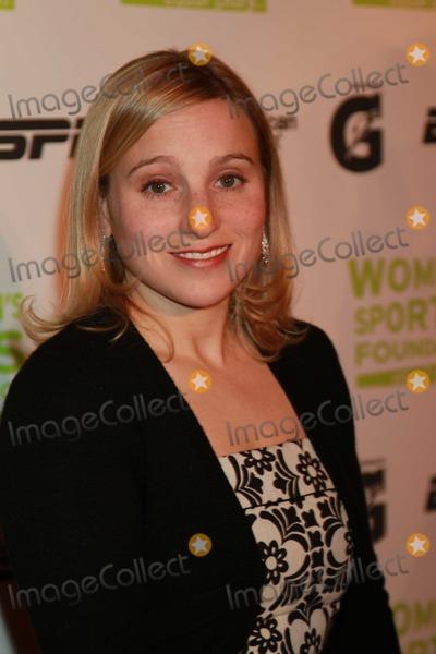 Kerri Strug Photo - New York NY 10-13-2009Kerri StrugWomens Sports Foundation 30th AnnualSalute to Women in Sports Waldorf AstoriaPhoto by Adam Scull-PHOTOlinknet