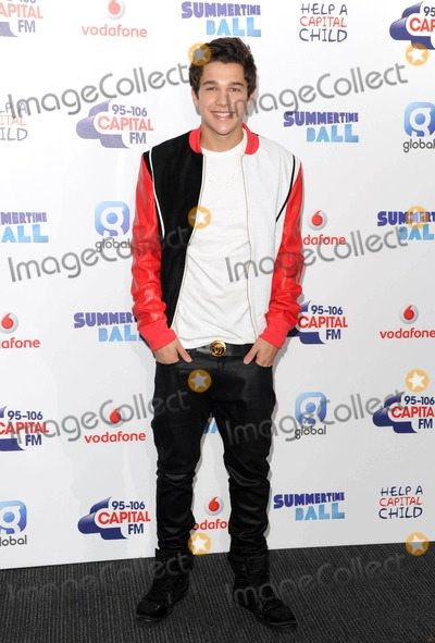Austine Mahone Photo - Photo by KGC-03starmaxinccomSTAR MAX2014ALL RIGHTS RESERVEDTelephoneFax (212) 995-119662114Austin Mahone at the Capital FM Summertime Ball (Wembley Stadium London England)