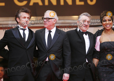 Grace Hightower Photo - Photo by NPXstarmaxinccom 200852508Sean Penn Barry Levinson Robert DeNiro and Grace Hightower at the closing ceremony for the Cannes Film Festival(Cannes France)Not for syndication in England Germany France and Sweden