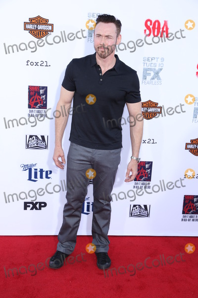 Kevin Durand Photo - Photo by JMAstarmaxinccomSTAR MAX2014ALL RIGHTS RESERVEDTelephoneFax (212) 995-11969614Kevin Durand at the Sons of Anarchy Final Season Premiere(Hollywood CA)