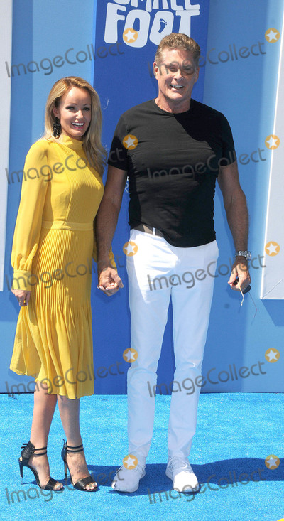 Hayley Roberts Photo - Photo by GalaxystarmaxinccomSTAR MAX2018ALL RIGHTS RESERVEDTelephoneFax (212) 995-119692218David Hasselhoff and Hayley Roberts at the premiere of Smallfoot in Los Angeles CA