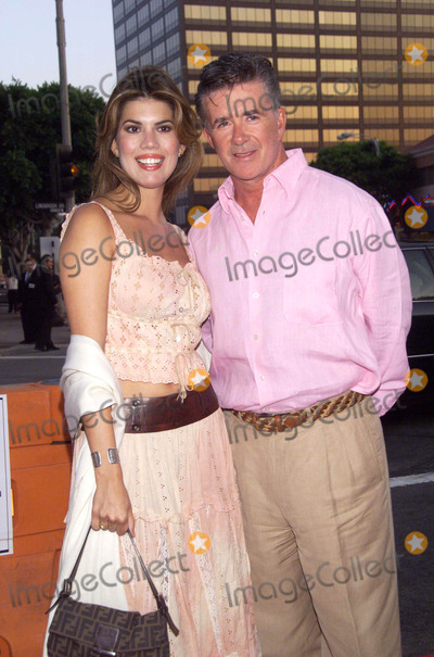 Alan Thicke Photo - Photo by  Tom LauLoud  Clear MediaSTAR MAX Inc - copyright 2002 ALL RIGHTS RESERVED  TelephoneFax (212) 995-1196081302Alan Thicke and wife Tanya Callau at the World Premiere of Simone (New Line Cinema)(CA)