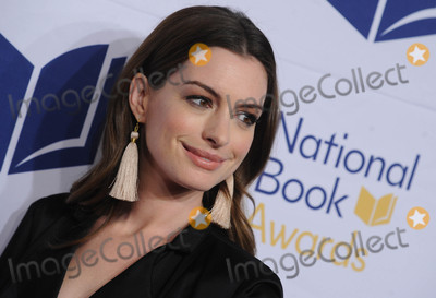 Anne Hathaway Photo - Photo by Dennis Van TinestarmaxinccomSTAR MAX2017ALL RIGHTS RESERVEDTelephoneFax (212) 995-1196111517Anne Hathaway at The 68th National Book Awards in New York City