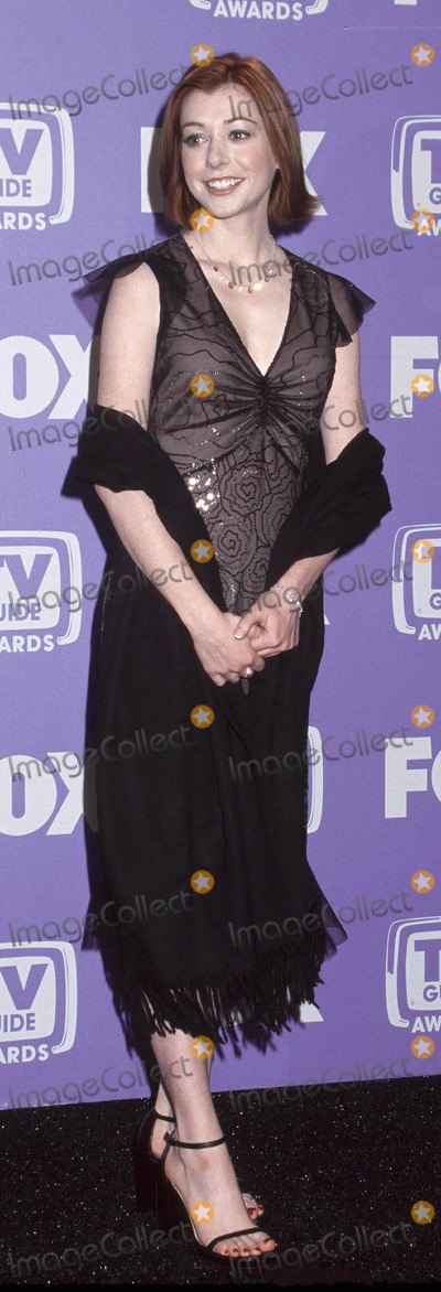 Allison Hannigan Photo - Photo By Russ EinhornCopyright Star Max 2001T V Guide Awards   2_24_01The Shrine AuditoriumLos Angeles _ CaliforniaAllison Hannigan