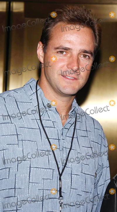 Al Leiter Photo - Photo by Walter WeissmanSTAR MAX Inc - copyright 2002101502Al Leiter at 2002 VH1Vogue Fashion Awards(NYC)
