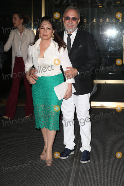 Emilio Estefan Photo - Photo by KGC-146starmaxinccomSTAR MAX2016ALL RIGHTS RESERVEDTelephoneFax (212) 995-119642516Gloria Estefan and Emilio Estefan are seen in New York City