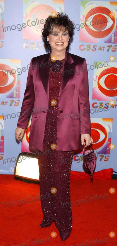 Suzanne Pleshette Photo - Photo by Walter WeissmanSTAR MAX Inc - copyright 200311203Suzanne Pleshette attends CBS At 75(NYC)