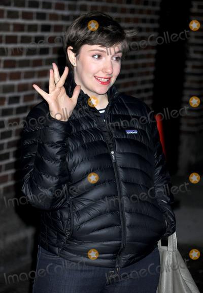 Lena Dunham Photo - Photo by Dennis Van Tinestarmaxinccom2013ALL RIGHTS RESERVEDTelephoneFax (212) 995-119611013Lena Dunham arrives at The Late Show(NYC)