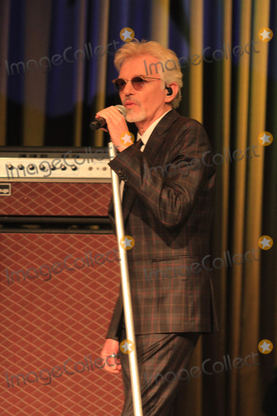 Billy BOBS Thornton Photo - Photo by Raoul GatchalianstarmaxinccomSTAR MAX2018ALL RIGHTS RESERVEDTelephoneFax (212) 995-119671318Billy Bob Thornton and The Boxmasters perform at Rocks Lounge in Red Rock Casino  Hotel in Las Vegas Nevada