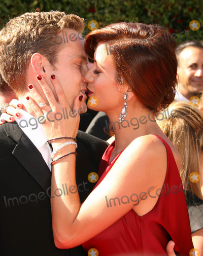 Alex Young Photo - Photo by REWestcomstarmaxinccom200791607Alex Young and Kate Walsh at the 59th Annual Primetime Emmy Awards(Los Angeles CA)