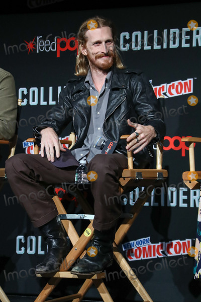 Austin Amelio Photo - Photo by John NacionstarmaxinccomSTAR MAXCopyright 2017ALL RIGHTS RESERVEDTelephoneFax (212) 995-119610717Austin Amelio at the photocall for The Walking Dead during New York Comic Con(NYC)