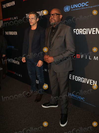Forest Whitaker Photo - Photo by gotpapstarmaxinccomSTAR MAX2018ALL RIGHTS RESERVEDTelephoneFax (212) 995-1196378Eric Bana and Forest Whitaker at the premiere of The Forgiven in Los Angeles CA