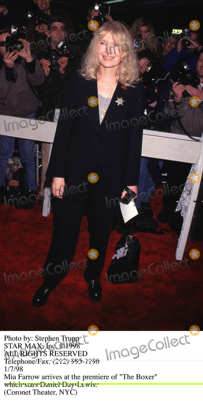 Mia Farrow Photo - Photo by Stephen TruppSTAR MAX Inc - copyright 1998Mia Farrow