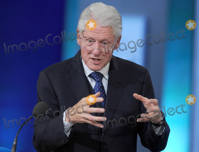 THE CLINTONS Photo - Photo by Dennis Van TinestarmaxinccomSTAR MAX2015ALL RIGHTS RESERVEDTelephoneFax (212) 995-119692915Bill Clinton at The Clinton Initiative 2015 Annual Meeting(NYC)