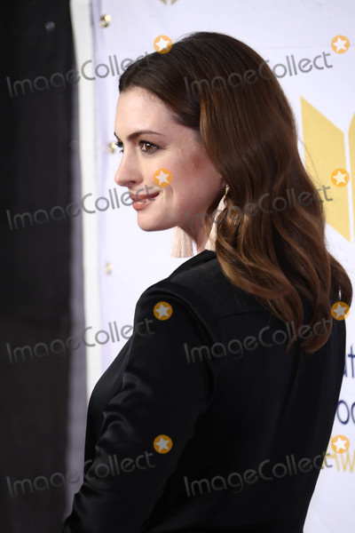 Ann Hathaway Photo - Photo by John NacionstarmaxinccomSTAR MAX2017ALL RIGHTS RESERVEDTelephoneFax (212) 995-1196111517Anne Hathaway at The 68th National Book Awards in New York City
