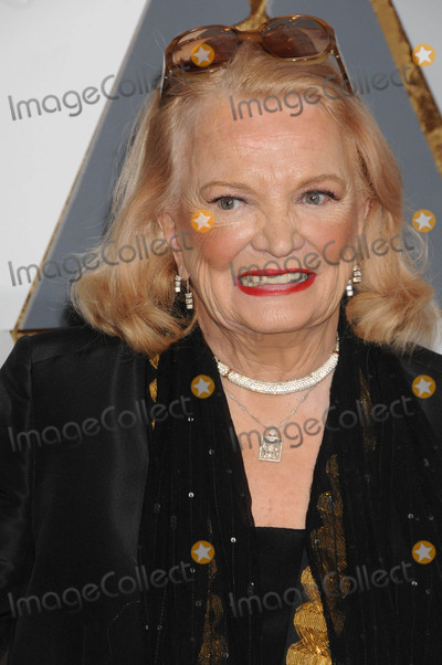 Gena Rowlands Photo - Photo by GLXstarmaxinccomSTAR MAXCopyright 2016ALL RIGHTS RESERVEDTelephoneFax (212) 995-119622816Gena Rowlands at the 88th Annual Academy Awards (Oscars)(Hollywood CA USA)