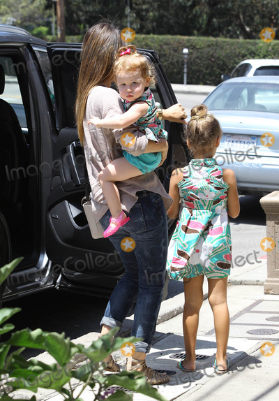 Honor Warren Photo - Photo by JGRFstarmaxinccom2013ALL RIGHTS RESERVEDTelephoneFax (212) 995-11968313Jessica Alba and her daughters Honor Warren and Haven Warren out and about(Los Angeles CA)