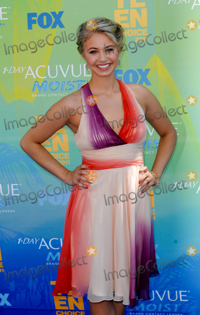 Ayla Kell Photo - UNIVERSAL CITY CA - AUGUST 7 Actress Ayla Kell attends FOXs Teen Choice Awards 2011 on August 7 2011  in Universal City California  (Albert L OrtegaImageCollectcom)