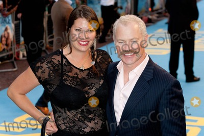 Neil McDonough Photo - Neil McDonough and wife Ruve Robertson at the World Premiere of Going The Distance held at the Vue Cinema Leicester Square London UK 08192010