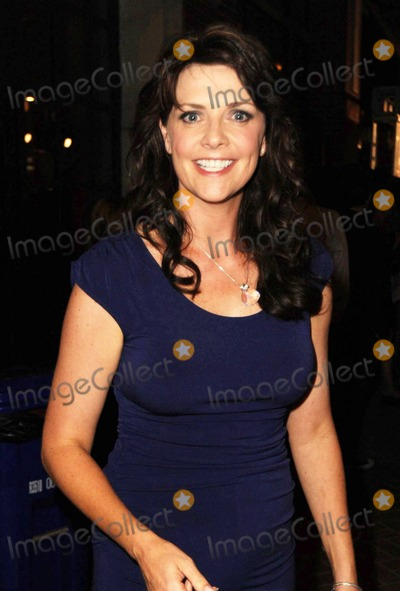 Amanda Tapping Photo - Amanda Tapping arrives at Hotel Solamar for the EW and SyFy celebration during Comic-Con 2010 San Diego CA 072410