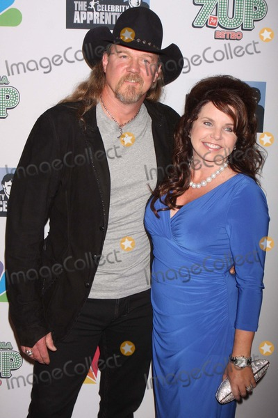 Trace Adkins Photo - Trace Adkins and Wife Rhonda Forlaw Arriving at nbcs the Celebrity Apprentice Season Four Finale at the Trump Soho Hotel in New York City on 05-22-2011  Photo by Henry Mcgee-Globe Photos Inc 2011