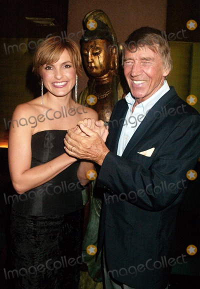 Photos and pictures mariska hargitay with her father for Mariska hargitay mother and father